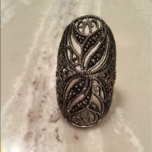 Women's marcasite silver ring